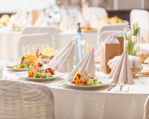 luxury-food-on-wedding-table-PX3DWW5